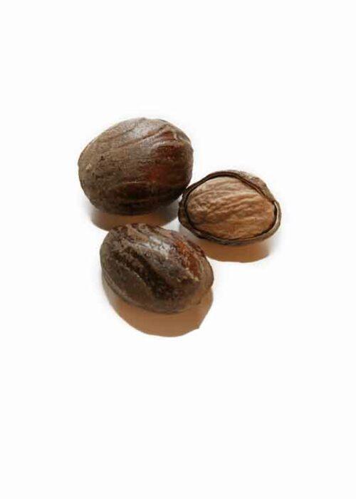 Whole_seeds_Nutmeg
